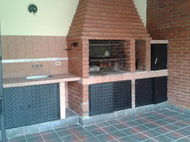 Foto Casa en Venta en  Yerba Buena,  Yerba Buena  Güemes al 1100