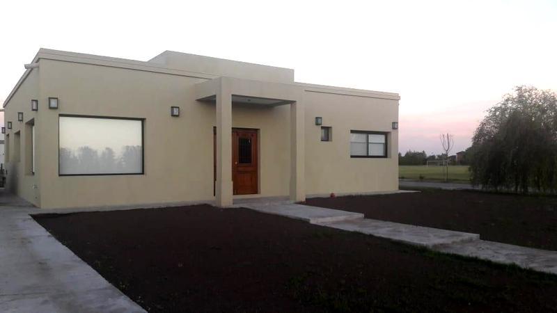 Foto Casa en Venta en  Los Talas ,  Canning  Venta - Casa en Los Talas - Canning