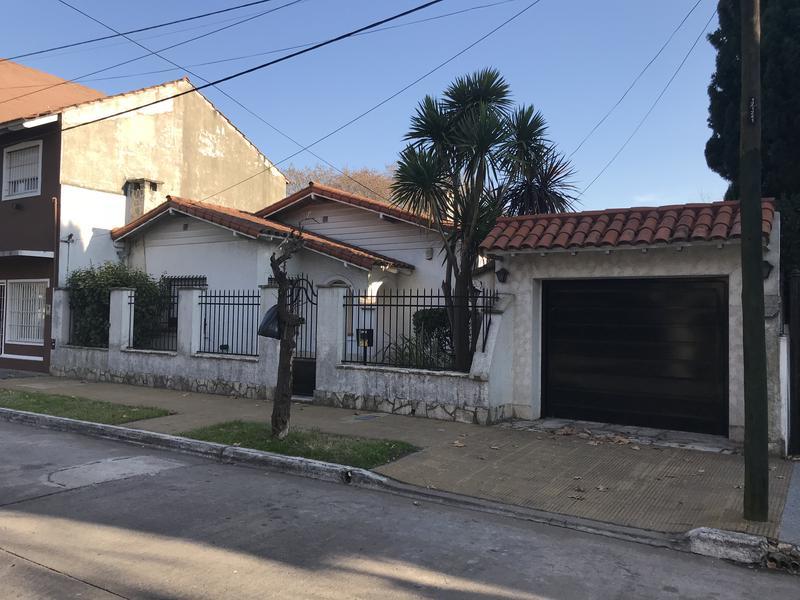 Foto Casa en Venta en  Temperley Este,  Temperley  INGENIERO MITRE 220
