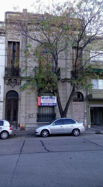 Foto Casa en Venta en  Barracas ,  Capital Federal  Av. Hornos y Benito Quinquela Martin