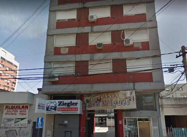 Foto Departamento en Alquiler en  San Miguel ,  G.B.A. Zona Norte  Delia 1641-(cod:1065)