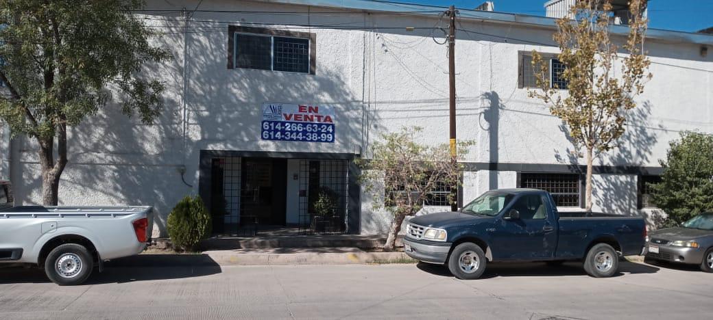 Foto Bodega Industrial en Venta en  Chihuahua ,  Chihuahua  OFICINAS CON AMPLIA BODEGA, EXCELENTE UBICACION MUY CERCA DE AVE. HOMERO Y AVE TECNOLGICO.
