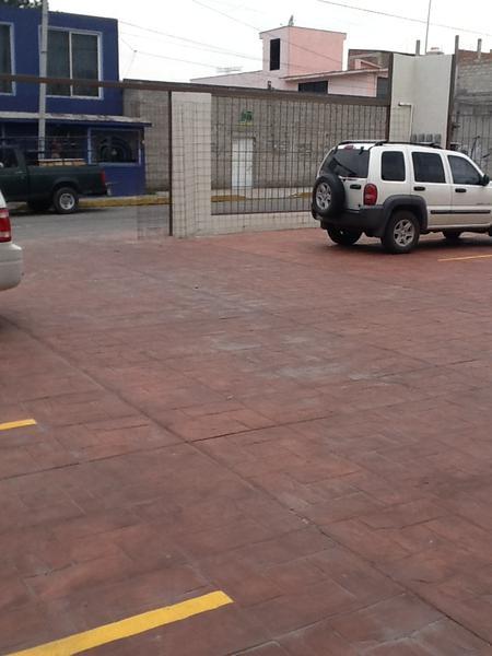 Foto Local en Renta en  San Jerónimo Chicahualco,  Metepec  Locales en RENTA,  Metepec. Calle 16 de septiembre.