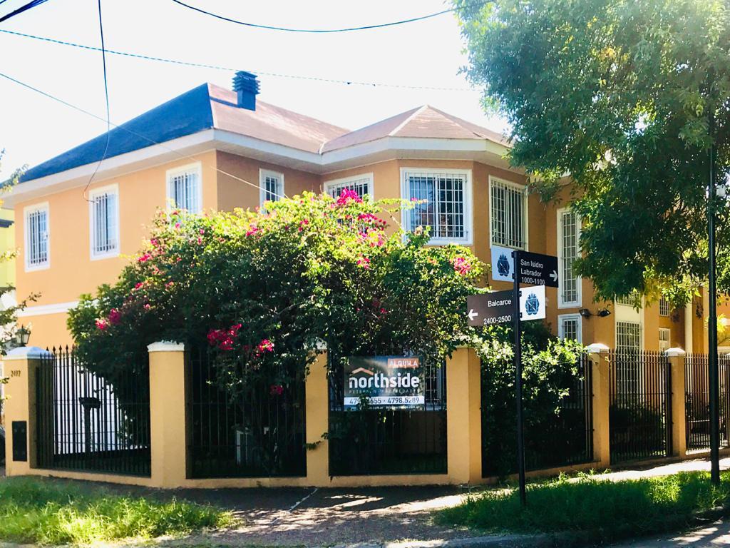 Foto Casa en Alquiler en  Mart.-Vias/Libert.,  Martinez  Isidro Labrador al 1000