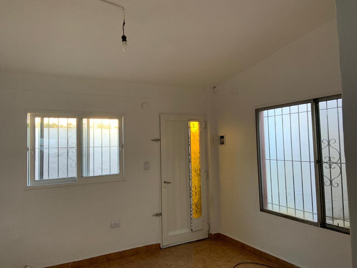 Foto Casa en Alquiler en  S.Fer.-Vias/Centro,  San Fernando  AVELLANEDA 3383