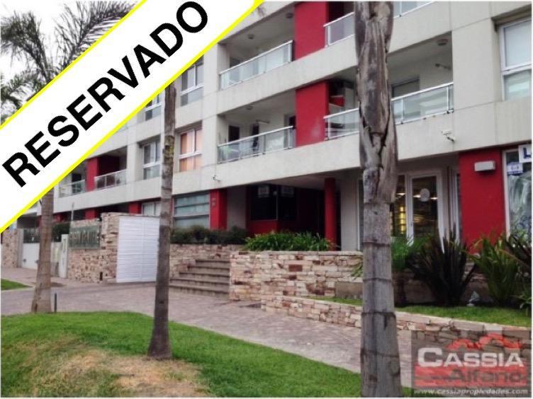 Foto Departamento en Venta en  Lomas De Zamora ,  G.B.A. Zona Sur  COLOMBRES 762