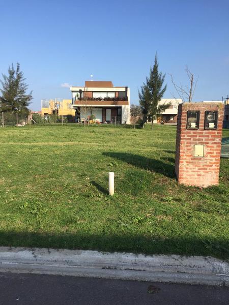 Foto Casa en Venta en  Adrogue,  Almirante Brown  Brisas de Adrogué. Soler al 500