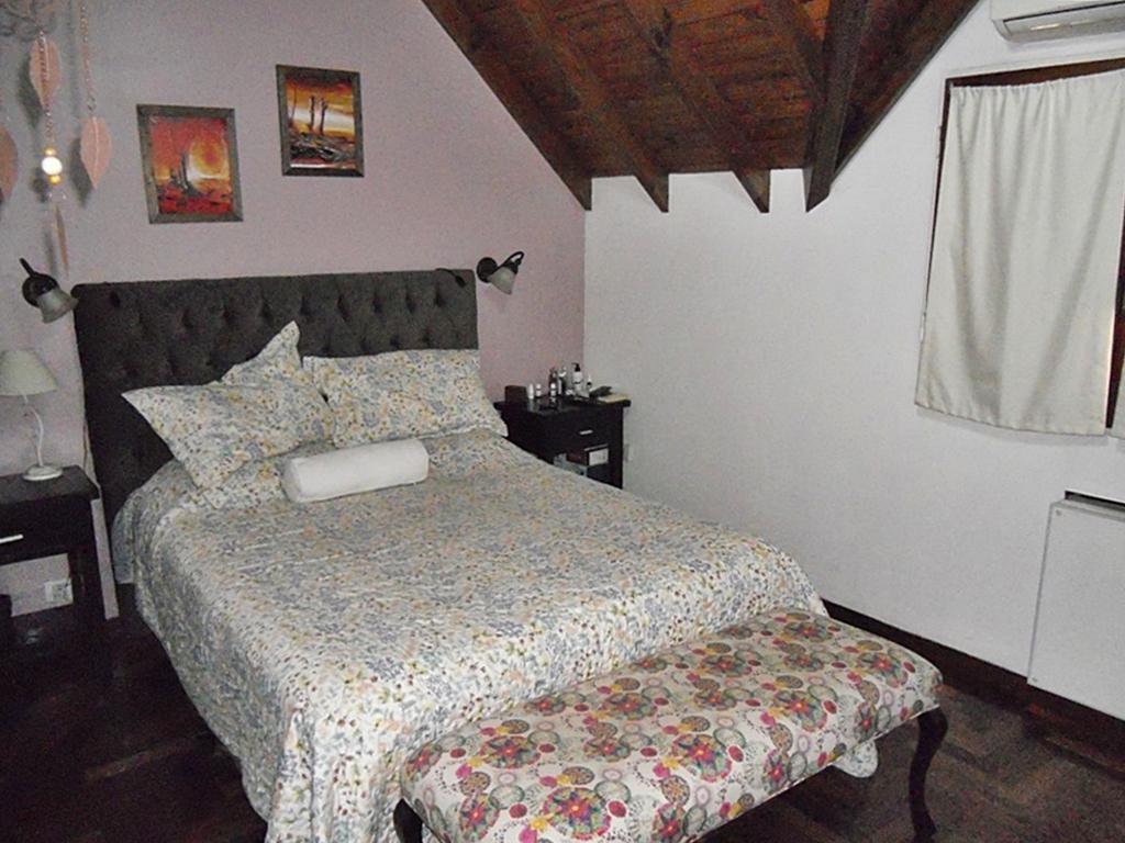 Foto Casa en Venta en  V.Ade.-P.Cisneros,  Villa Adelina  Luis María Drago al 1400