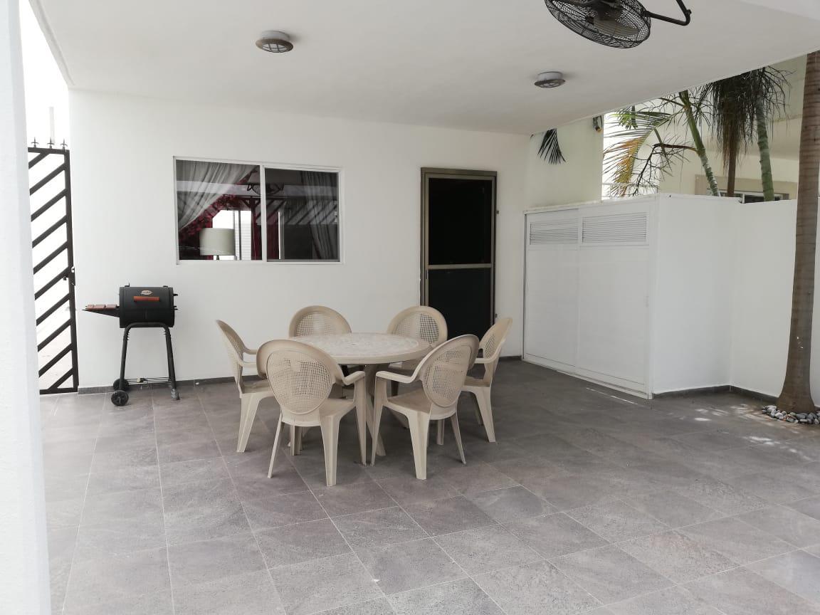Foto Casa en Venta en  Supermanzana 312,  Cancún  CASA EN VENTA EN CANCUN EN RESIDENCIAL ISLA AZUL