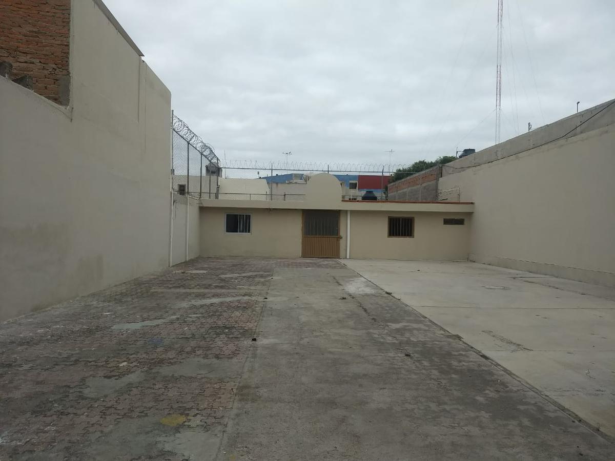 Foto Local en Renta en  San Luis Potosí ,  San luis Potosí  LOCAL EN RENTA SOBRE SALVADOR NAVA, SAN LUIS POTOSI