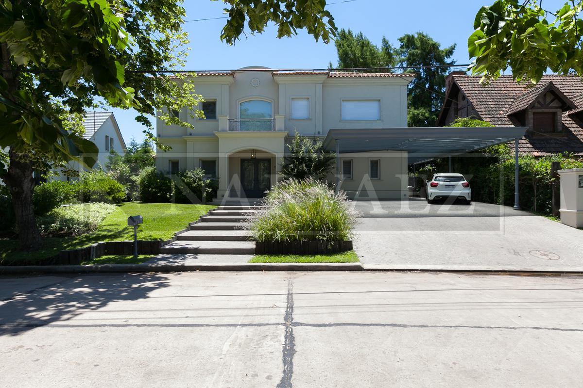 Casa en Venta en San Isidro Chico de 8 ambientes