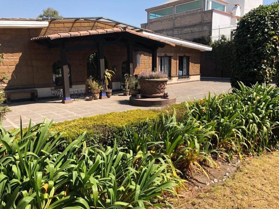 Foto Casa en Renta en  Metepec Centro,  Metepec  VENTA O RENTA DE CASA HABITACIONAL O NEGOCIO  EN EL CENTRO DE METEPEC