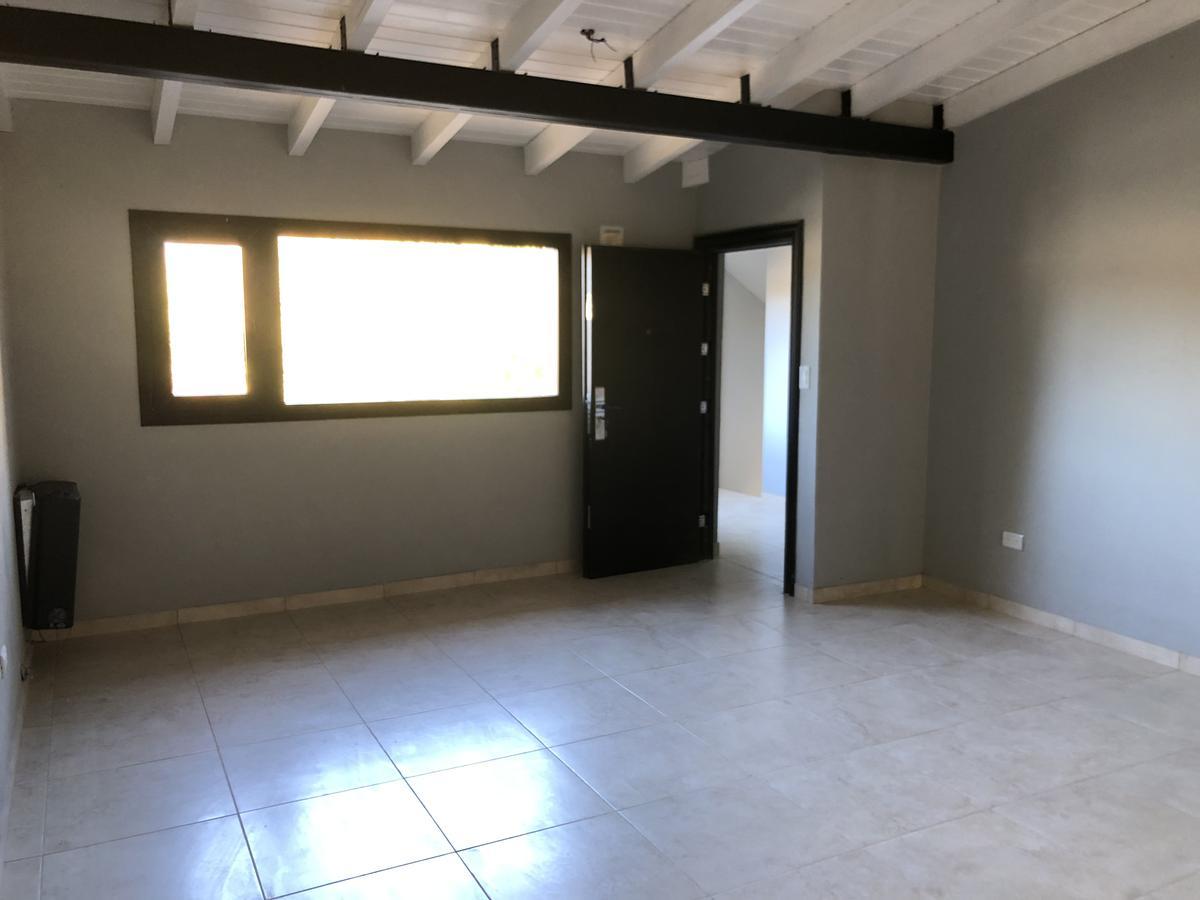 Foto Local en Alquiler en  Esquel,  Futaleufu  9 de julio al 700