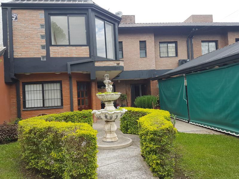 Foto Casa en Venta en  Yerba Buena ,  Tucumán  Concordia al 700