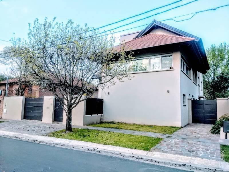 Foto Casa en Alquiler en  Boulogne,  San Isidro  Santa Rita al 300