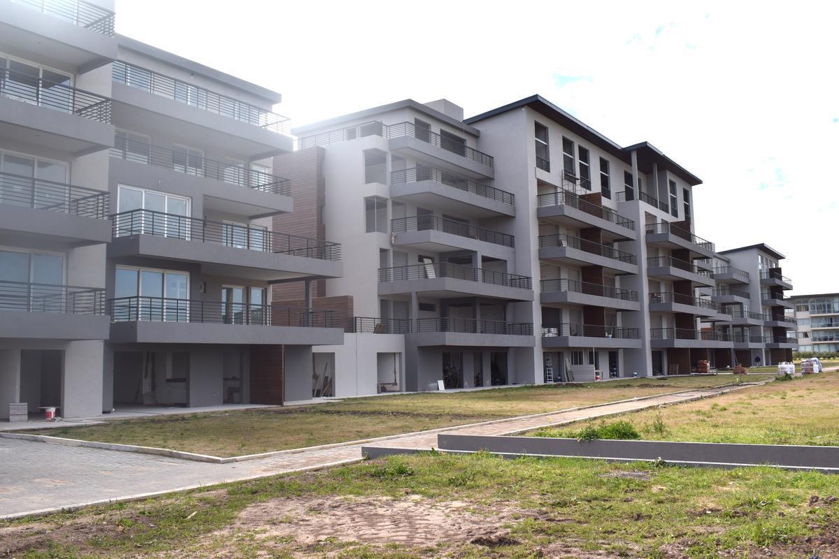 Foto Departamento en Venta en  Greenville Polo & Resort,  Guillermo E Hudson  greenville terrazas torre B 103