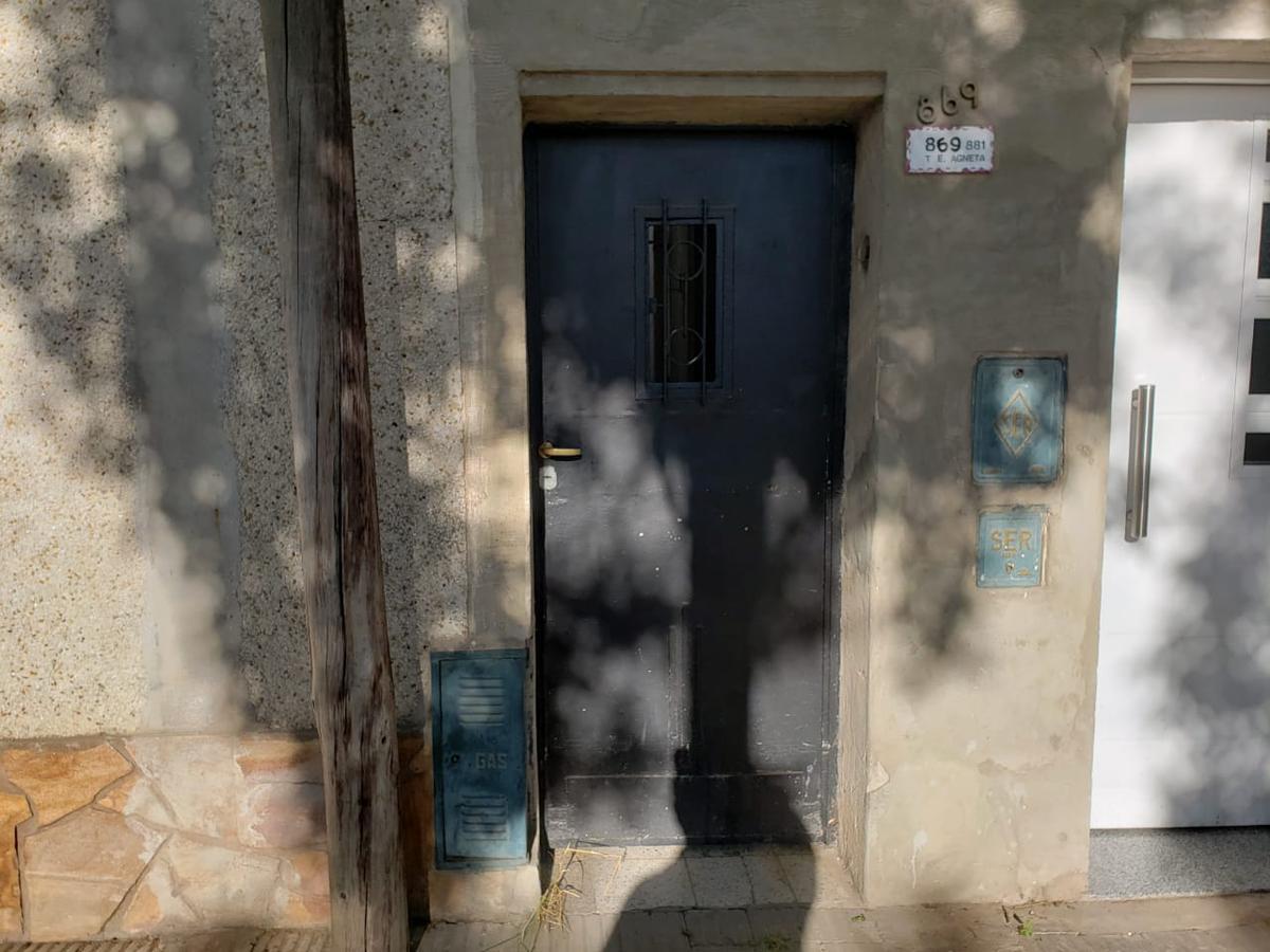 Foto Casa en Venta en  Azcuenaga,  Rosario  TTE. AGNETA al 800