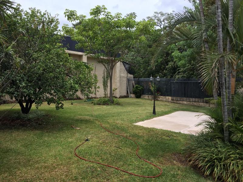 Foto Casa en Venta en  Santana,  Santa Ana  Caraña / Terreno de 1024 m2 y Piscina
