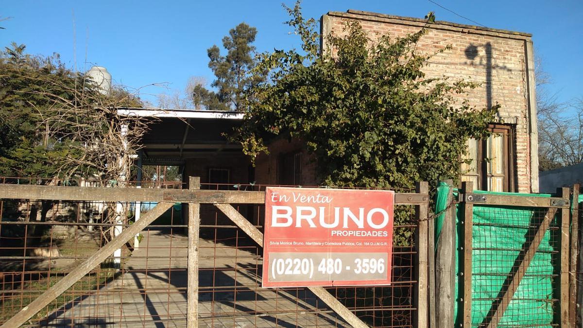 Foto Casa en Venta en  Francisco Alvarez,  Moreno  QUITO al 4300