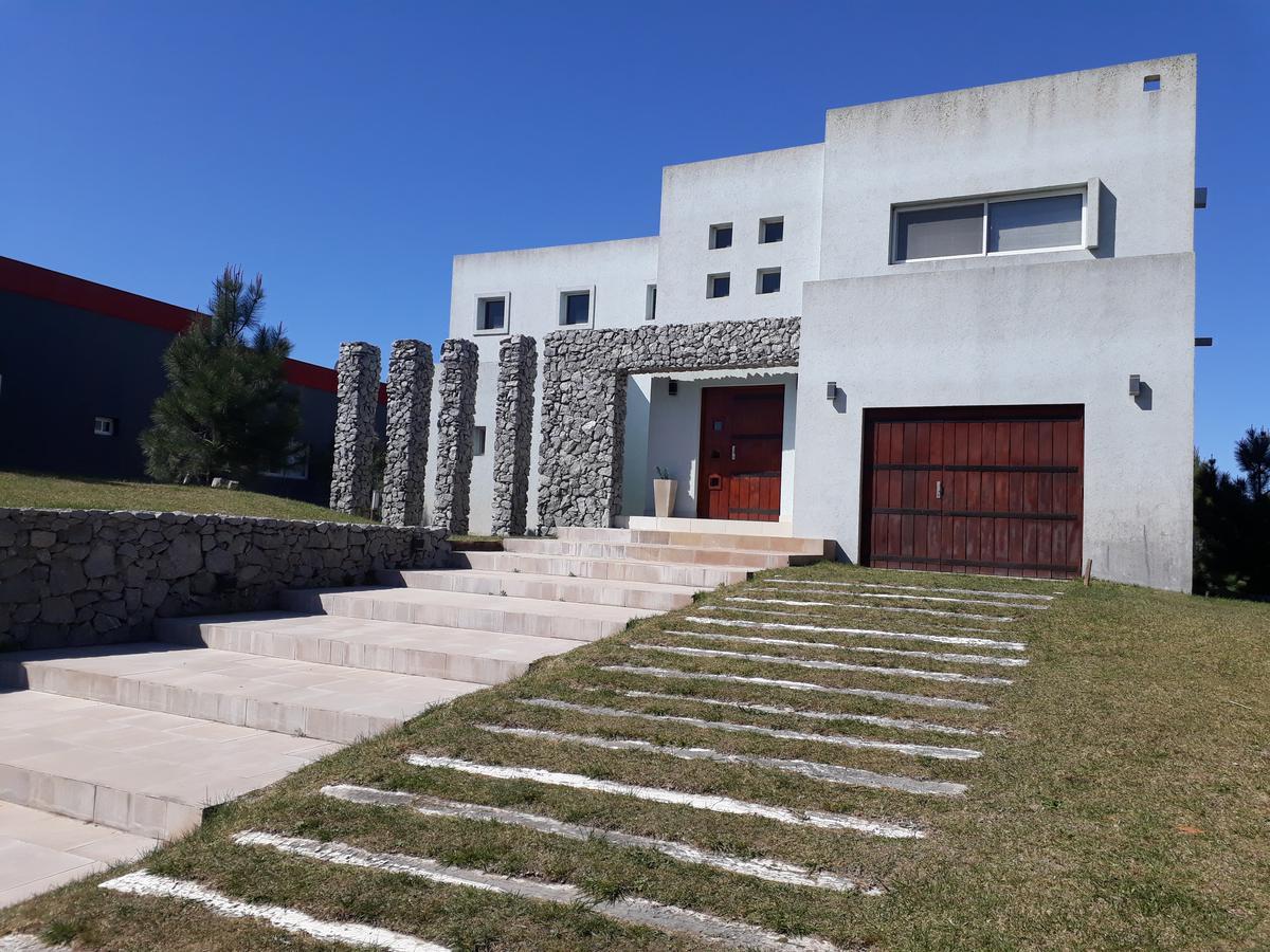 Foto Casa en Alquiler temporario en  Costa Esmeralda,  Punta Medanos  Senderos II 104