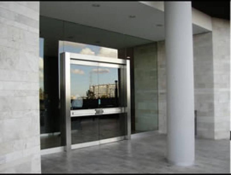 Foto Oficina en Alquiler en  Vientos del Delta,  El Portal  Calle del caminante al 100