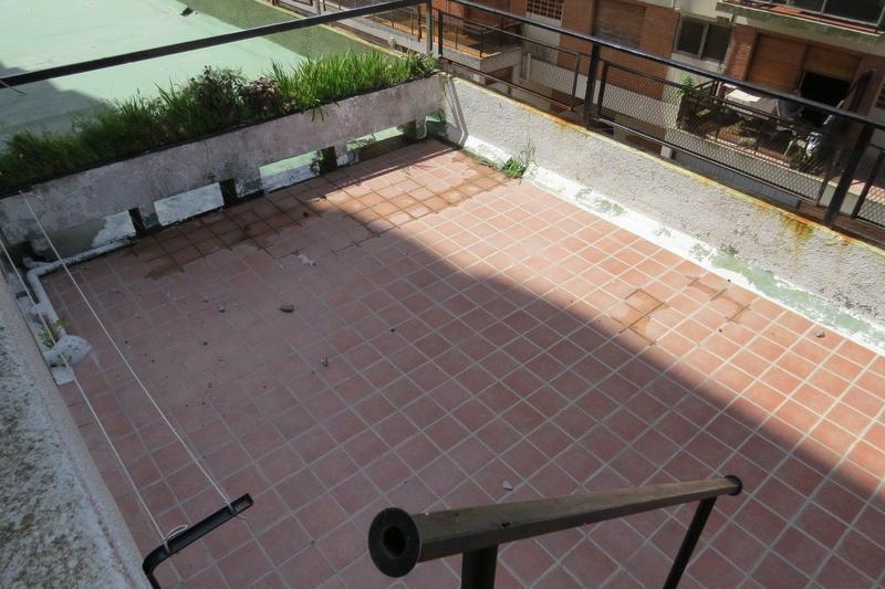 Foto Departamento en Venta en  Pinamar ,  Costa Atlantica  Constitucion al 500 - Piso alto luminoso - Terraza Propia - Cochera