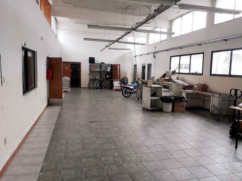 Foto Oficina en Venta en  La Blanqueada ,  Montevideo  La Blanqueada