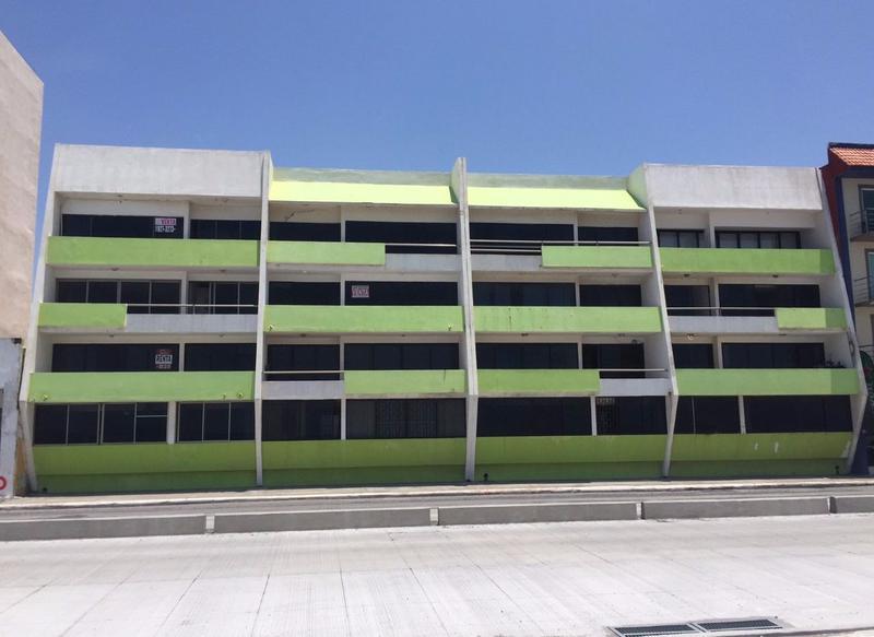 Foto Departamento en Venta en  Costa Verde,  Boca del Río  DEPTO. FRENTE AL MAR FRACC. COSTA VERDE