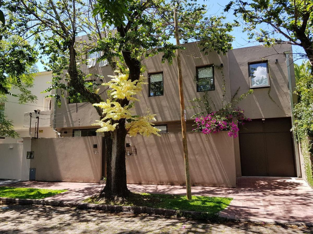 Foto Casa en Alquiler en  Mart.-Vias/Libert.,  Martinez  Vieytes al 700