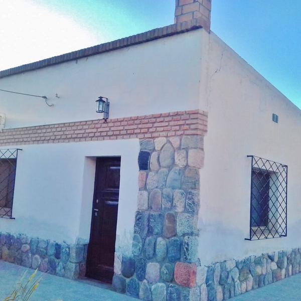 Foto Casa en Venta en  Amaicha Del Valle,  Tafi Del Valle  CASA EN VENTA CON ESCRITURA 1 DOR, HOGAR A LEÑA . AMAICHA DEL VALLE