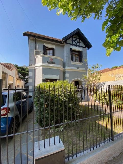 Foto Casa en Alquiler en  Lomas de Zamora Oeste,  Lomas De Zamora  Sixto Fernandez al 300