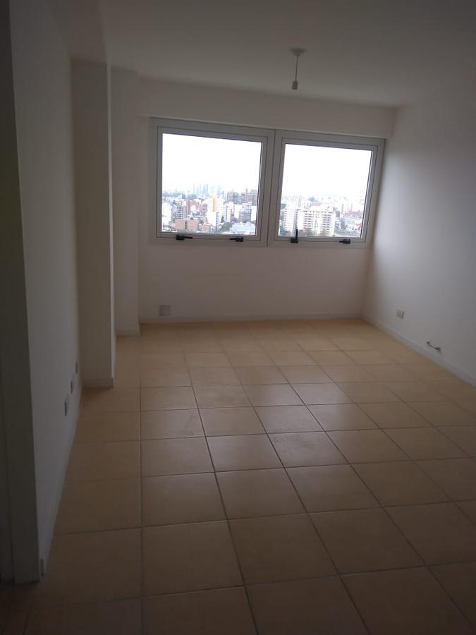 Foto Departamento en Venta en  Alberdi,  Cordoba  Vendo un 2 dormitorios en piso 19 con excelente vista!!!