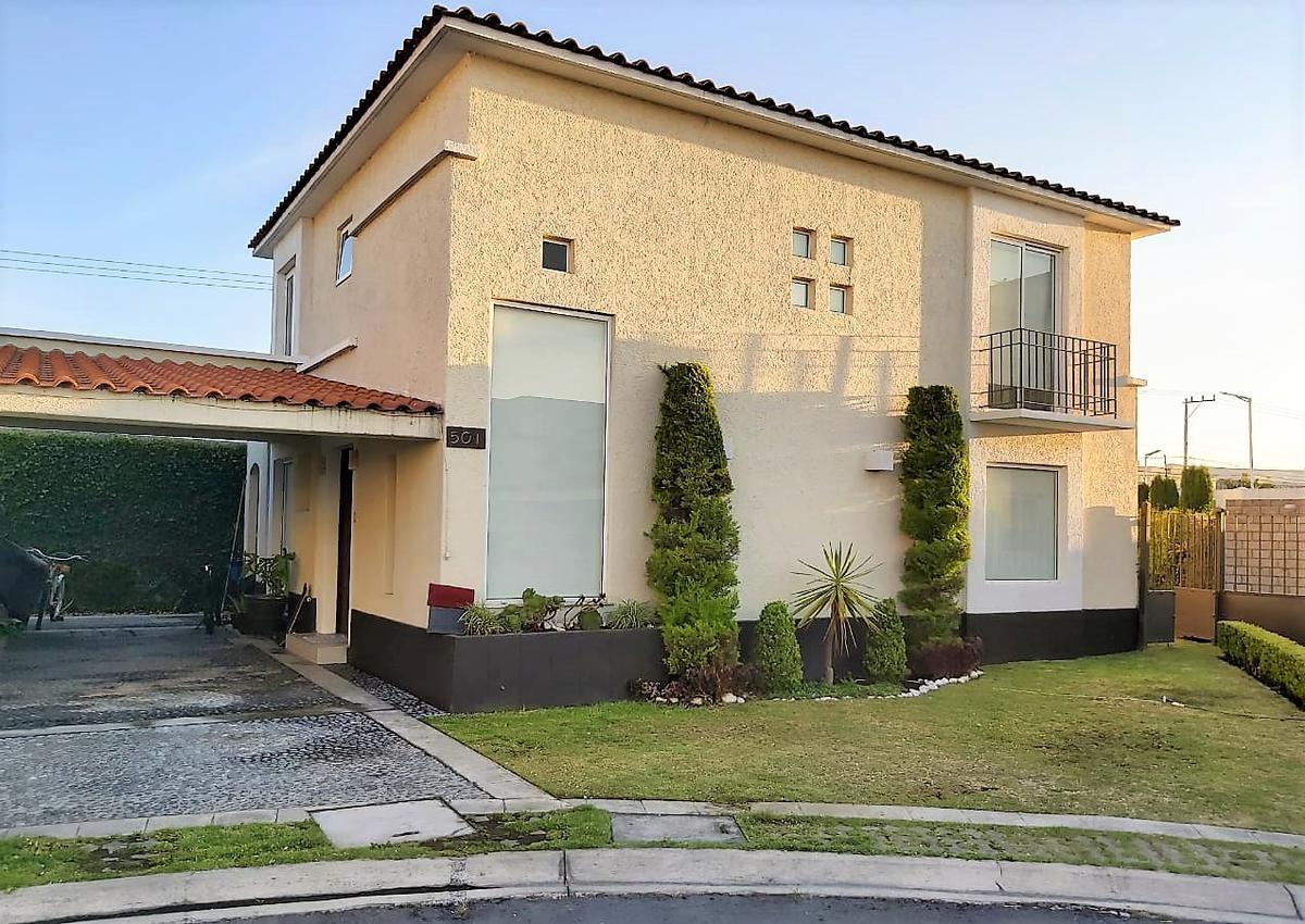 Foto Casa en condominio en Venta en  El Castaño,  Metepec  CASTAÑO II