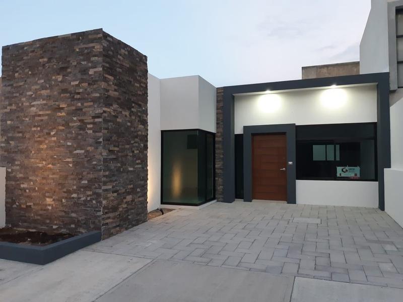 Foto Casa en Venta |  en  Lomas Diamante,  Alvarado  Casa Residencial en Venta en Riviera Veracruzana