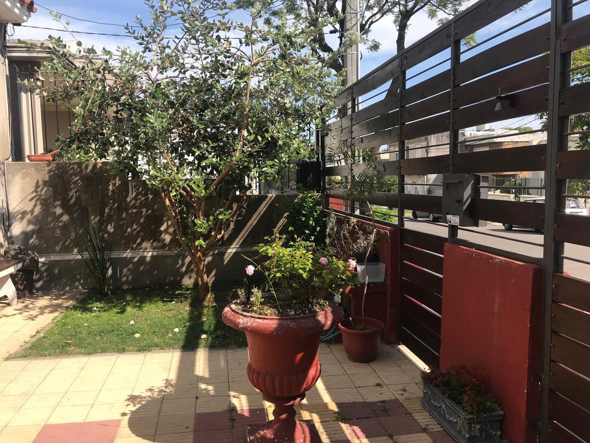 Foto Casa en Venta en  Buceo ,  Montevideo          Pedro Bustamante esq. Ramon Anador