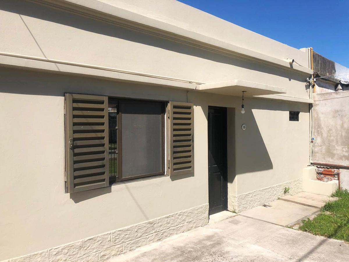 Foto Casa en Venta en  Ensenada,  Ensenada  Haramboure N° 1113