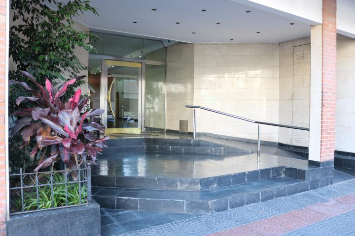 Foto Departamento en Venta en  Parque Chacabuco ,  Capital Federal  Del Barco Centenera 1052, PB G