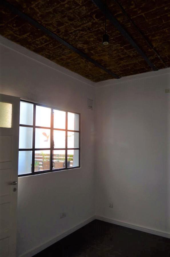 Foto Departamento en Venta en  Macrocentro,  Rosario  Sarmiento 1535