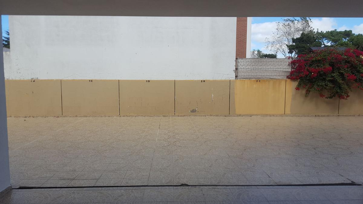 Foto Departamento en Venta en  San Bernardo Del Tuyu ,  Costa Atlantica  J.V González 676 - 1° C