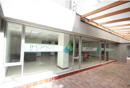 Foto Oficina en Alquiler | Venta en  Centro Norte,  Quito  EXTENSA OFICINA CORUÑA SP.