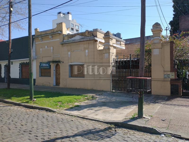 Foto Casa en Venta en  Banfield Este,  Banfield  Cabrera 222