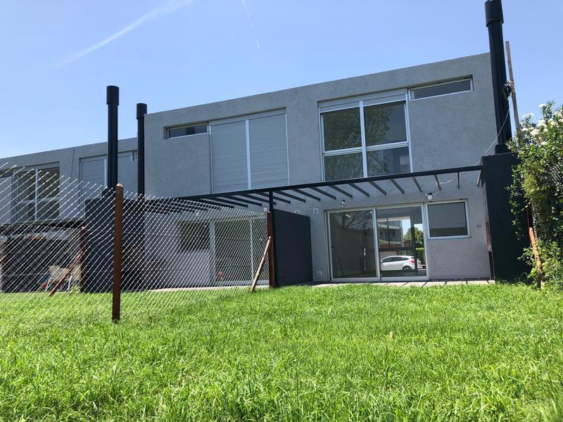 Foto PH en Venta en  Jardin Claret,  Cordoba Capital  Jardin Claret - Duplex 3 dorm y escritorio!