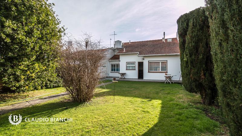 Foto Casa en Venta en  Chauvin,  Mar Del Plata  Almafuerte 2236