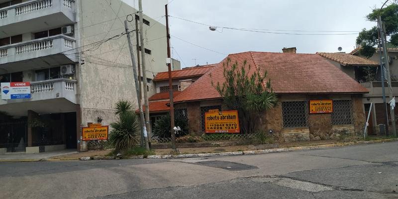 Foto Casa en Alquiler en  Valentin Alsina,  Lanus  PASO DE BURGOS 700