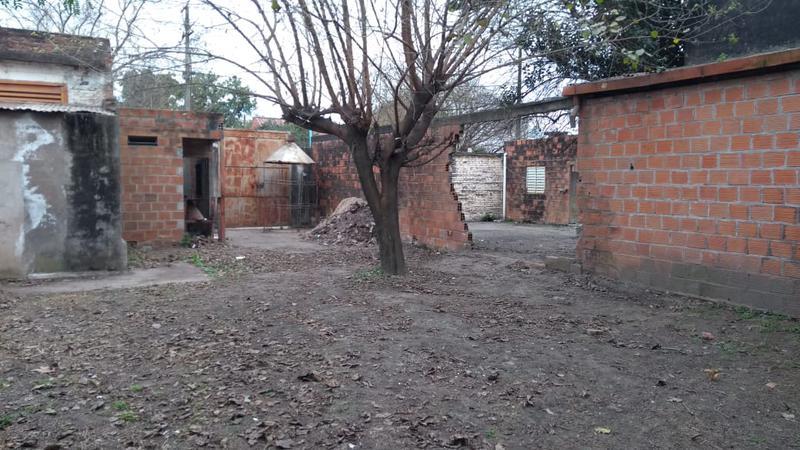 Foto Galpón en Alquiler en  San Miguel De Tucumán,  Capital  Marcos Avellaneda N° 1039/47 Fracción B