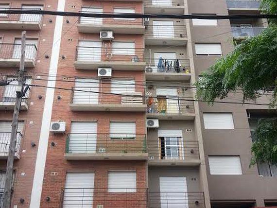 Foto Departamento en Venta en  San Miguel ,  G.B.A. Zona Norte  Las Heras 949 3°A