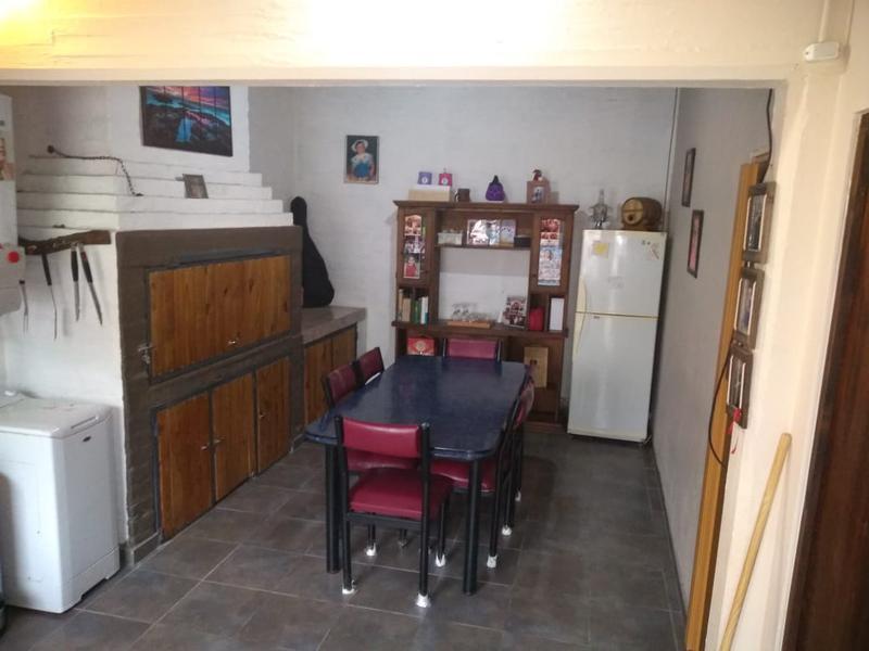 Foto Casa en Venta en  Perdriel,  Lujan De Cuyo  B° URVISERV . Perdriel