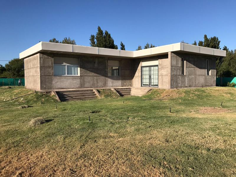 Foto Casa en Venta en  Pocito ,  San Juan  ruta 40 y calle 13