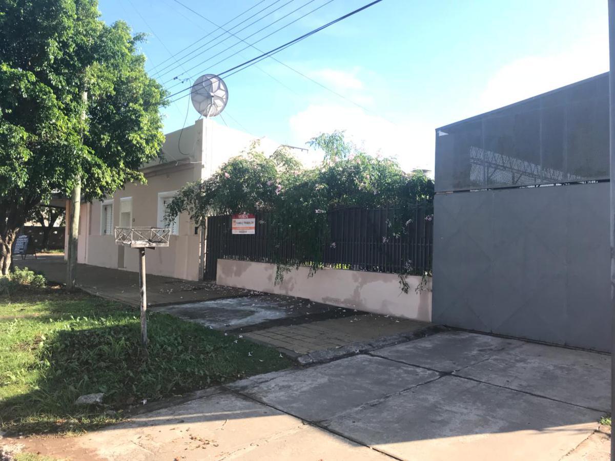 Foto Casa en Venta en  Comandante Fernandez ,  Chaco  25 e 10 y 8