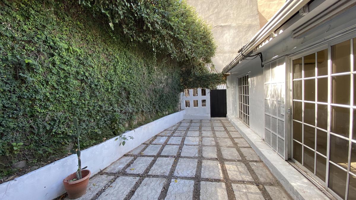 Foto Casa en Renta | Venta en  Lomas del Guijarro,  Tegucigalpa  Casa de Tres Habitaciones Mas Estudio, Una Planta, Calle Alfonso XIII, Lomas del Guijarro